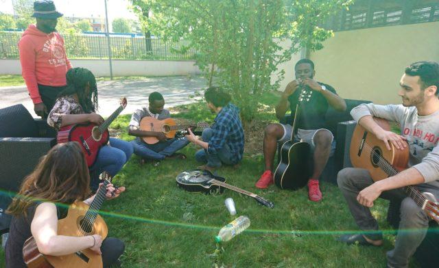 Initiation guitare à Epinay-sur-Seine