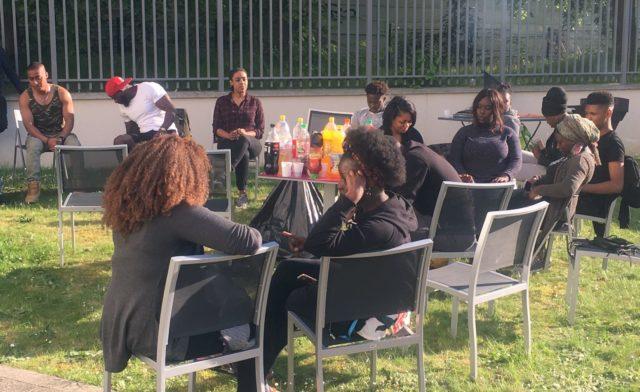 Barbecue entre résidents à l'initiative du CVS