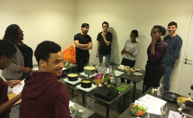 Cours de cuisine par Chef Coffi Maëva résidente ALJT